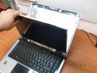 riparazione schermo lcd notebook piombino